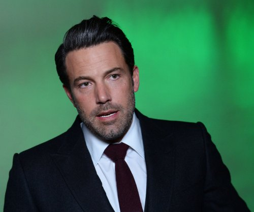 Ben Affleck is feeling 'a ton of pressure' for 'Batman v Superman'