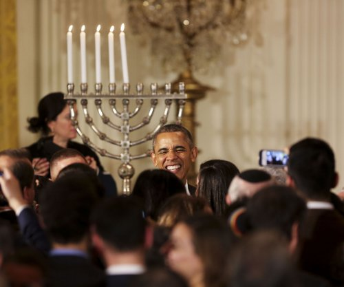 Obama references 'Notorious RBG,' 'Star Wars' at White House Hanukkah celebration