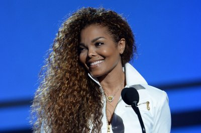 Janet Jackson's pregnancy going well, says brother Tito