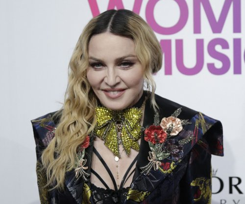 Madonna clarifies rally remark about 'blowing up the White House'