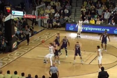 Georgia Tech stuns No. 14 Notre Dame at buzzer