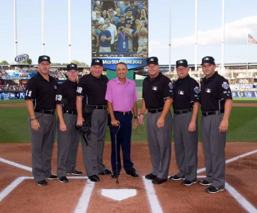 Former umpire, 'hero' Steve Palermo died Sunday