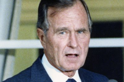 On This Day: President George H.W. Bush orders troops to Somalia