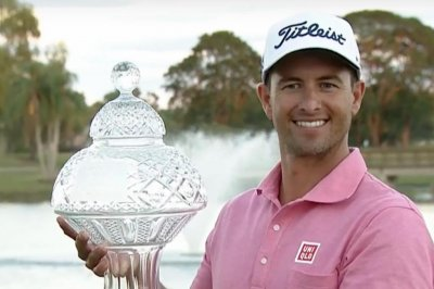 Adam Scott edges Sergio Garcia to win Honda Classic