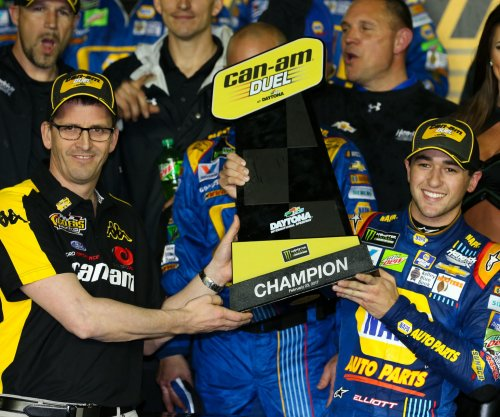 Chase Elliott, Denny Hamlin win Can-Am Duel races