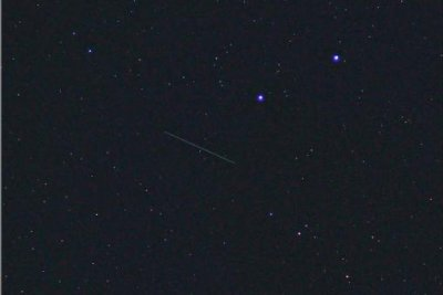 Citizen scientist photographs space station space debris from Earth