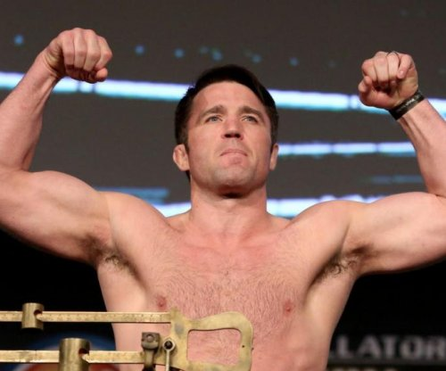 Chael Sonnen gets revenge, defeats Wanderlei Silva in Bellator NYC