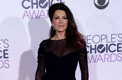 Lisa Vanderpump: 'I have not' quit 'Real Housewives of Beverly Hills'