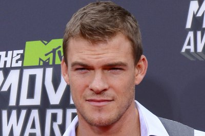 Alan Ritchson to play Jack Reacher in Amazon series