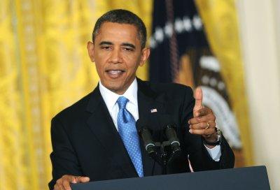 Obama reviewing gun violence options