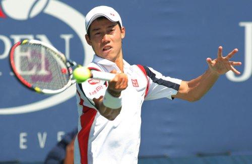 Federer upset at Madrid Open