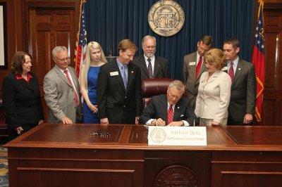 Georgia's Gov. Deal signs 'fetal pain' bill