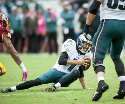 Eagles QB Sam Bradford not guaranteed return Thursday