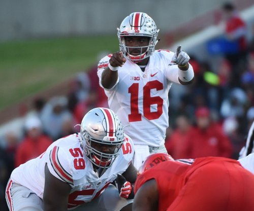 Ohio State QB J.T. Barrett: 'I'm coming back for my senior year'