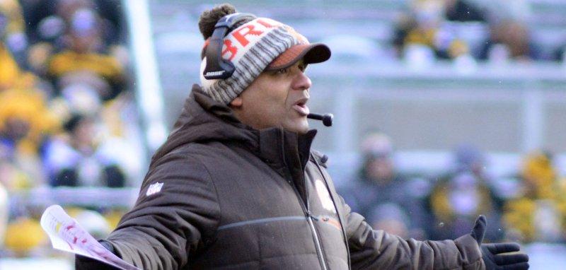 84a6d422 Cleveland Browns' Joe Thomas on Hue Jackson: 'Hue kept the team ...
