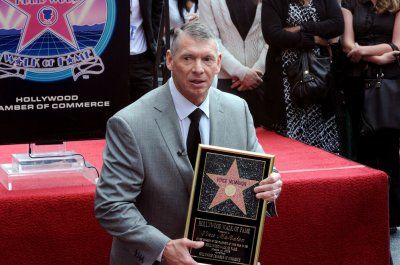 McMahon to spend $500 million to restart XFL