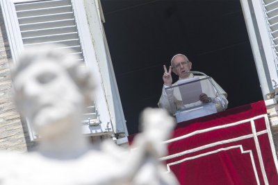Pope Francis: Don't be wasteful, indifferent to 'the world's cry of hunger'