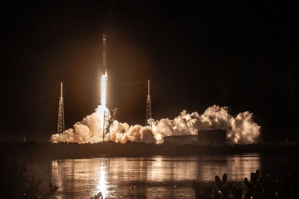 Watch live: SpaceX's Falcon 9 rocket to launch powerful ...