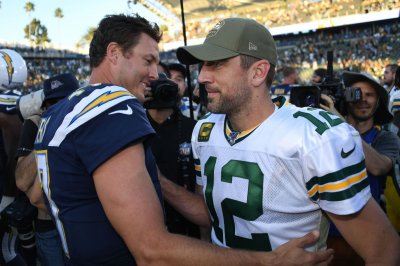 Aaron Rodgers: Packers served 'humble pie' during loss to Chargers