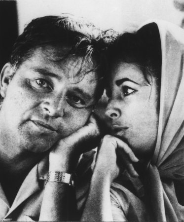 Actor Richard Burton to get posthumous Walk of Fame star