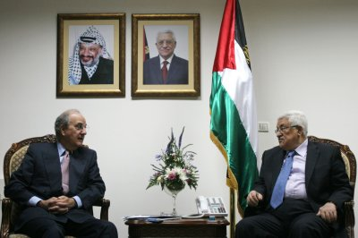 Abbas offers Mideast peace proposals