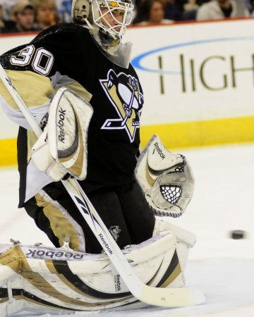 Oilers, Penguins swap goaltenders