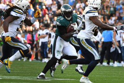 Philadelphia Eagles find offensive balance by running more