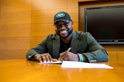 New York Jets sign former Green Bay Packers RB Ty Montgomery
