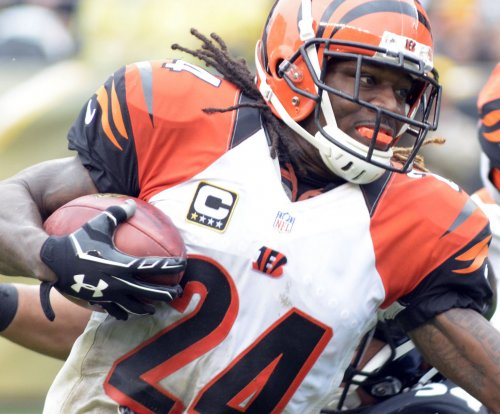 Former NFL CB Adam Jones announces retirement