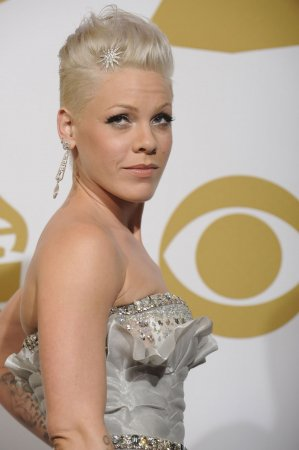 P!nk to act in sex-addiction dramedy film