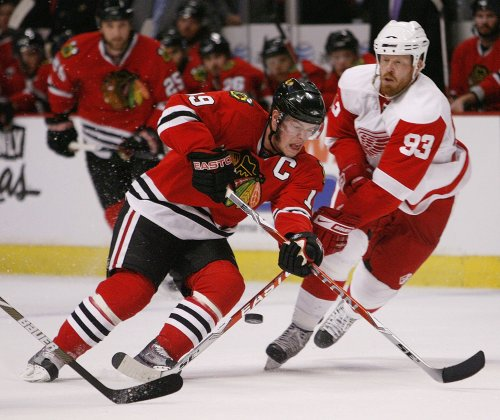 Blackhawks replace Tallon with Bowman