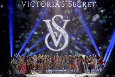 Victoria's Secret Fashion Show to air on CBS Dec. 10