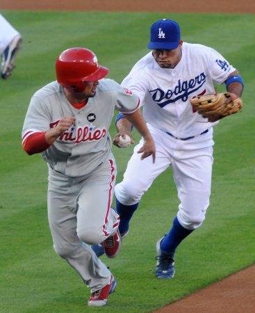 MLB: Philadelphia 8, LA Dodgers 6