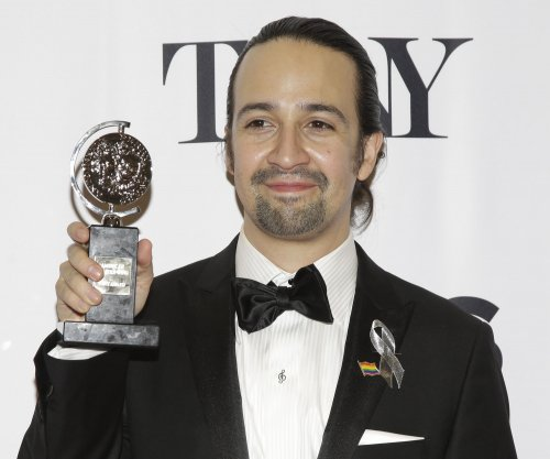 Lin-Manuel Miranda pays tribute to Orlando shooting victims with sonnet: 'Love is love'