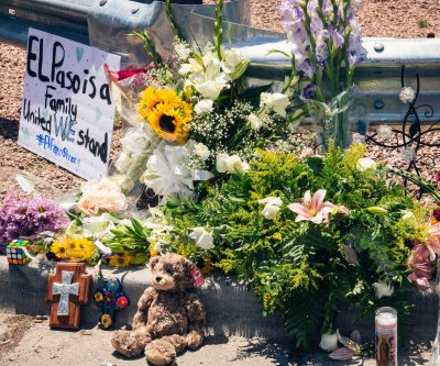 As Walmart reopens, El Paso still grappling with shooting's aftermath