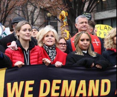 Jane Fonda leads 9th climate change protest in Washington, D.C.