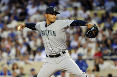 Walker, Seattle Mariners bounce back against Texas Rangers