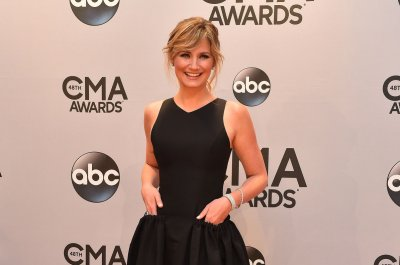 Jennifer Nettles to make her Broadway debut in 'Chicago'