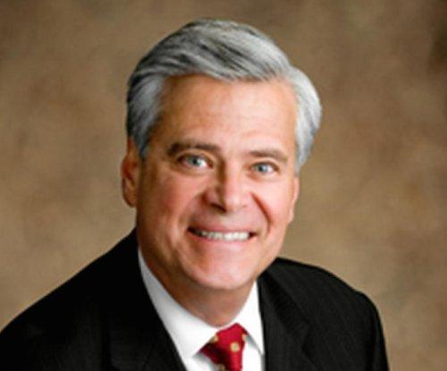 Dean Skelos steps down as N.Y. state senate leader after arrest