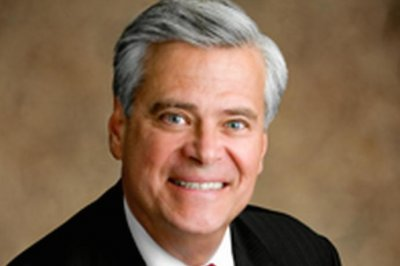 Dean Skelos steps down as N.Y. state senate leader after arrest