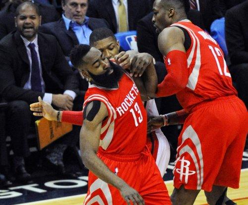James Harden posts double-double in Rockets' win over Pelicans