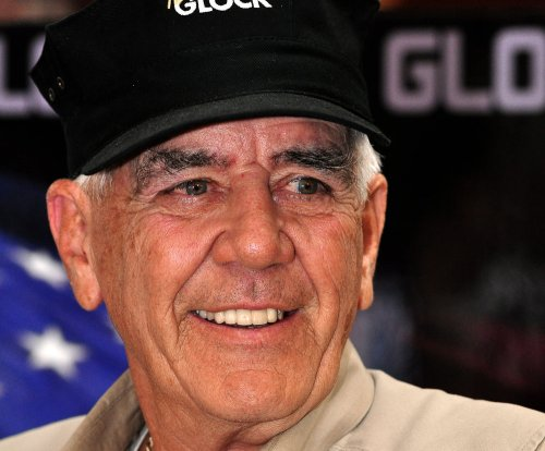 R. Lee Ermey from 'Full Metal Jacket' dead at 74