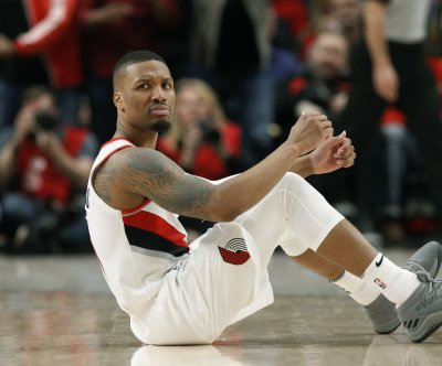 Damian Lillard responds to Shaquille O'Neal's diss track: 'Kobe won you them rings'