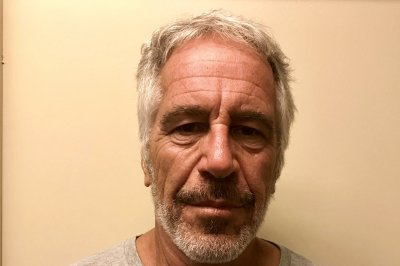 Prosecutors charge 2 NYC guards on duty during Jeffrey Epstein's death