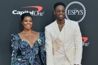 Dwyane Wade's son Zaire supports Zaya after her coming out