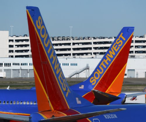 Temporary ground stops ordered at Dallas airports due to COVID-19, weather