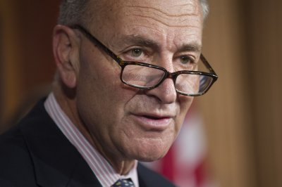 Sen. Schumer: Potential plan would reopen government until Jan. 15