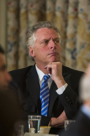 Gov. McAuliffe asks state regulators to review Virginia restrictions on abortion clinics