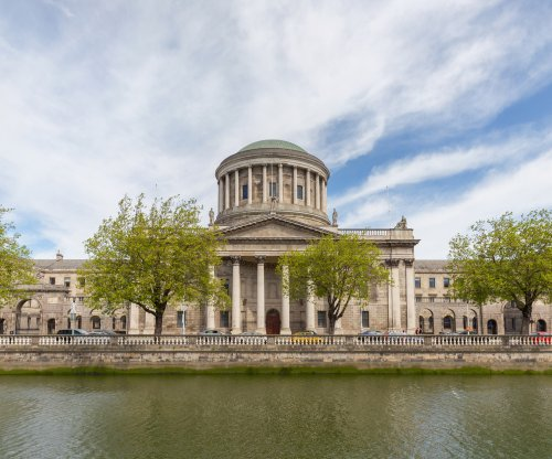 Irish court OKs taking clinically dead pregnant woman off life support