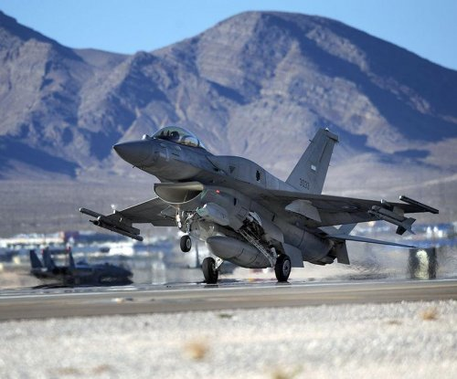 UAE renews strikes against Islamic State, deploys F-16 squadron to Jordan